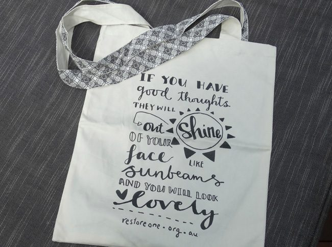 If you have good thoughts they will shine out of your face like sunbeams - Tote bag 2 straps