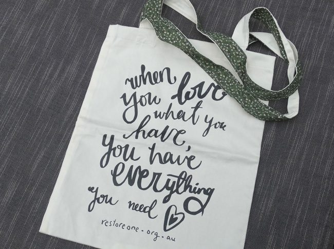 When you love what you have, you have everything you need - Tote bag 2 straps