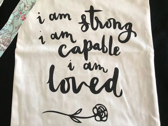 Tote bags - I am strong