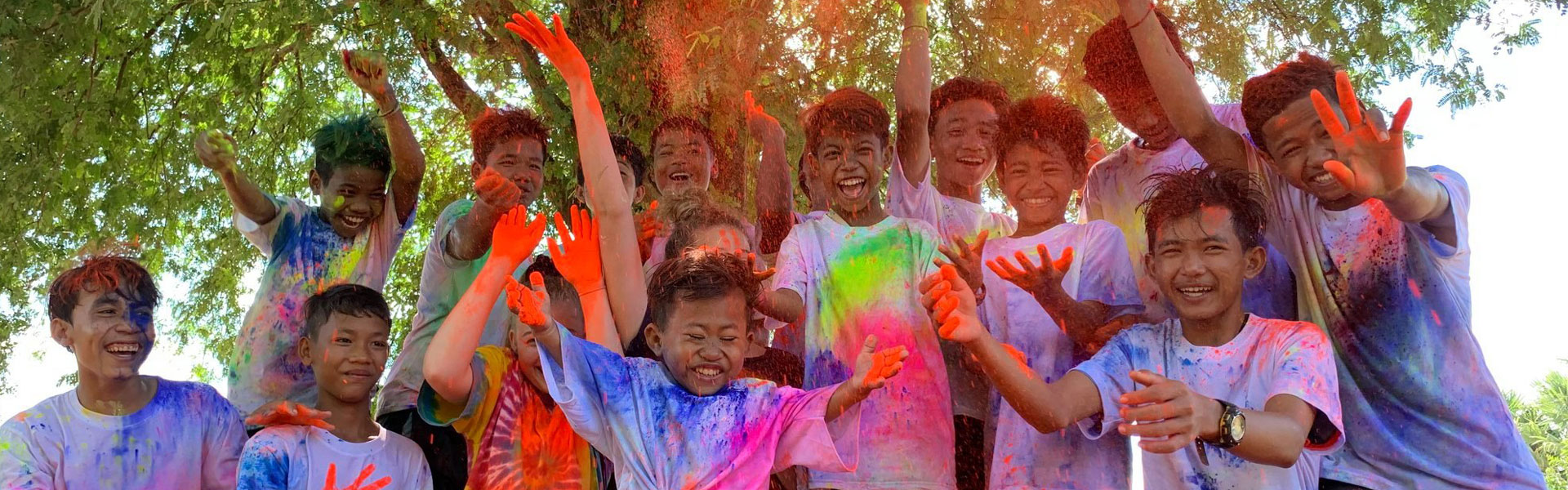 boys after the colour run