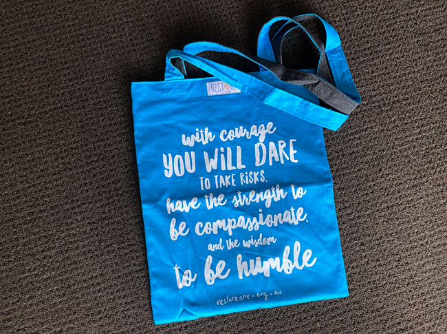 Tote bag coloured, courage, blue