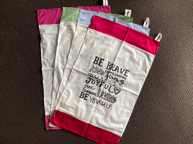 Tea towel - Be brave