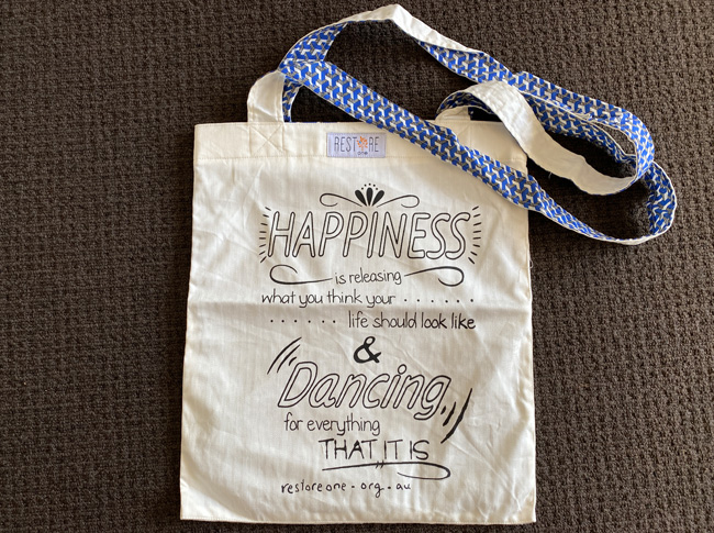 Tote bag, Happiness